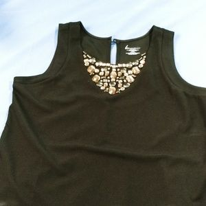 Sleeveless dress top with beaded front